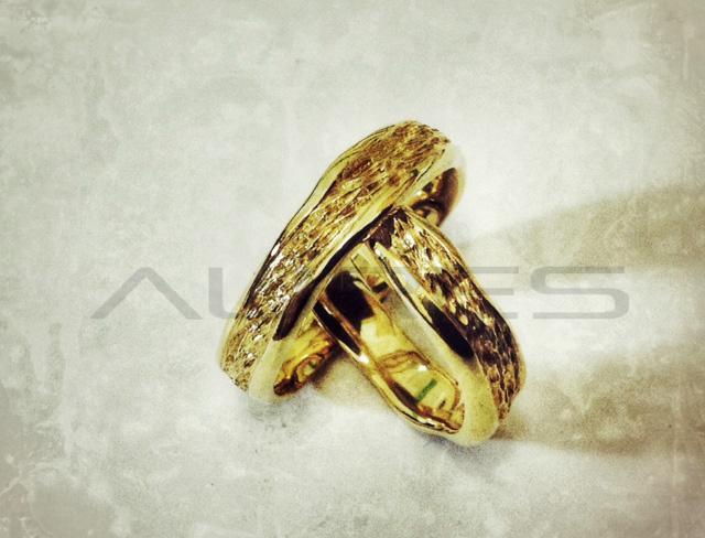 ... fedi nuziali scoglio oro giallo fedi nuziali scoglio oro giallo coppia